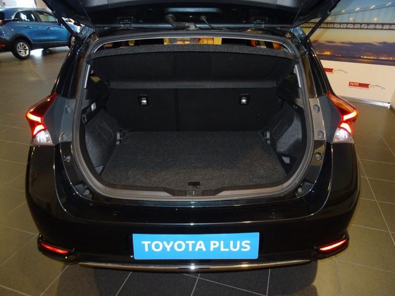 toyota Auris 1.8 Hybrid Active