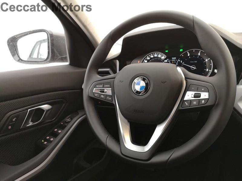 BMW Serie 3 320d touring business advantage aut.